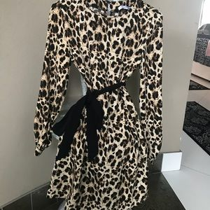 Dresses & Skirts - Sexy Cheetah / Leopard Dress